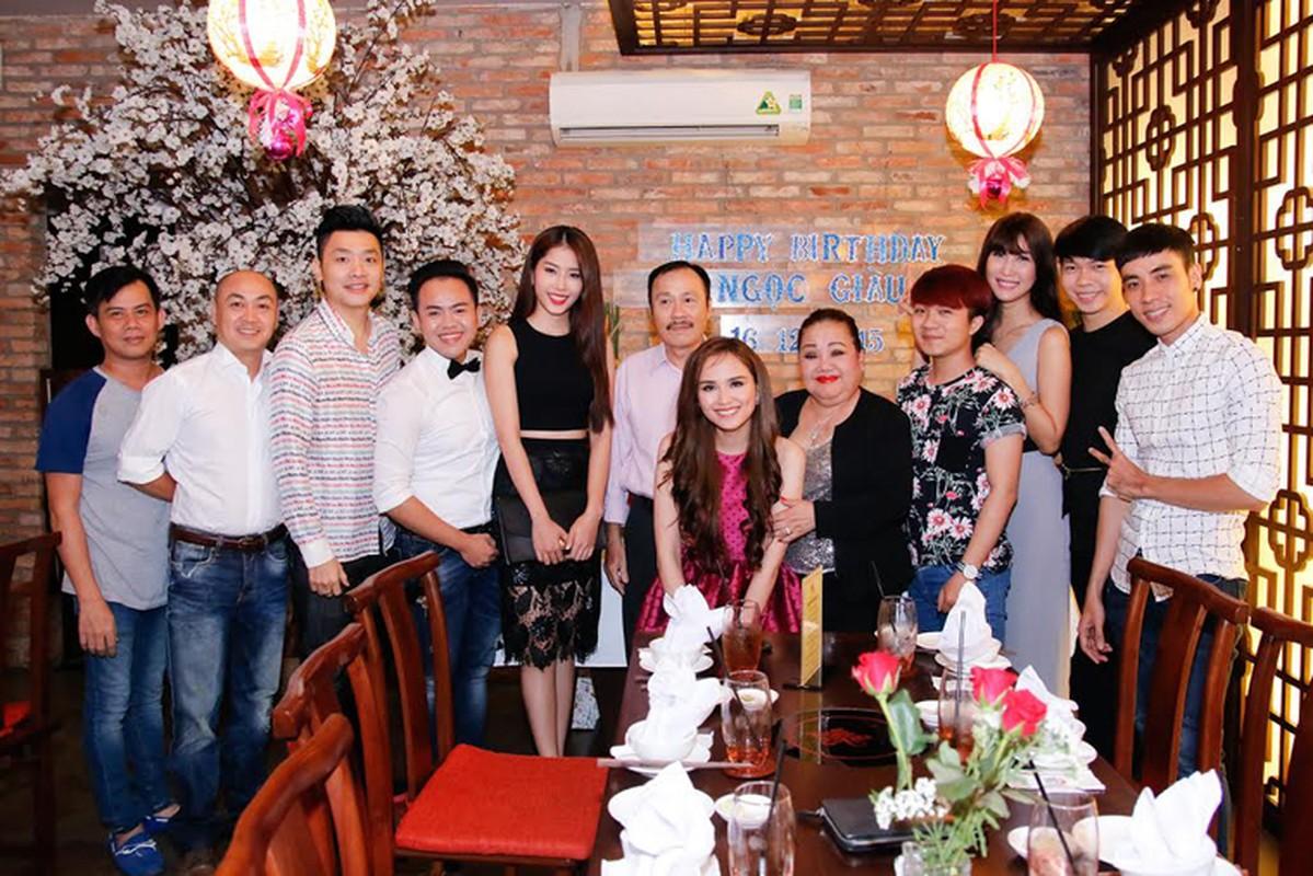 Diem Huong Nam Em mung sinh nhat ba ngoai NSND Ngoc Giau-Hinh-5