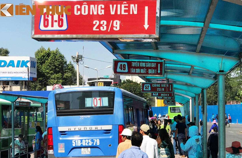 Anh: Ngay cuoi cung o tram xe buyt lon nhat Sai Gon-Hinh-4