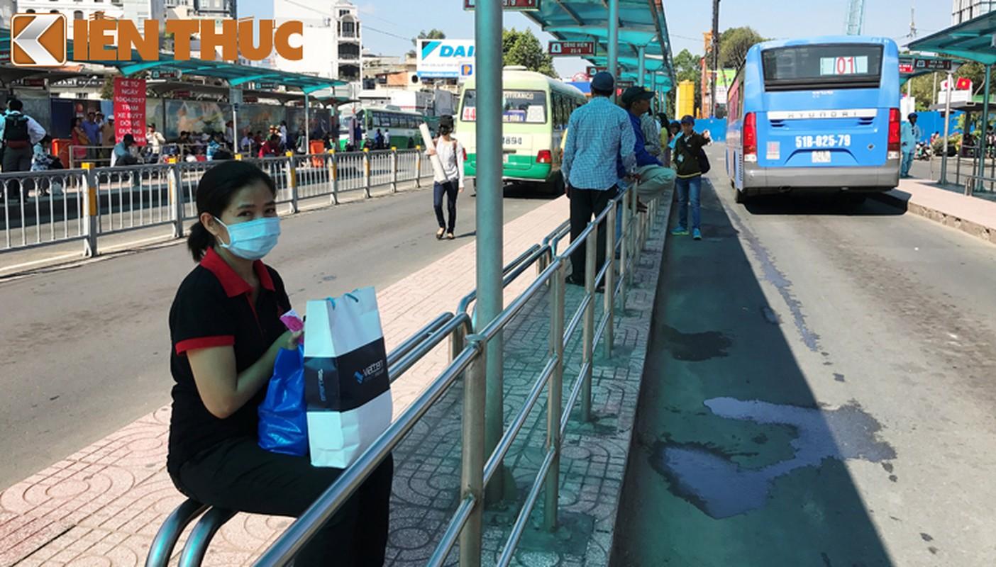 Anh: Ngay cuoi cung o tram xe buyt lon nhat Sai Gon-Hinh-7