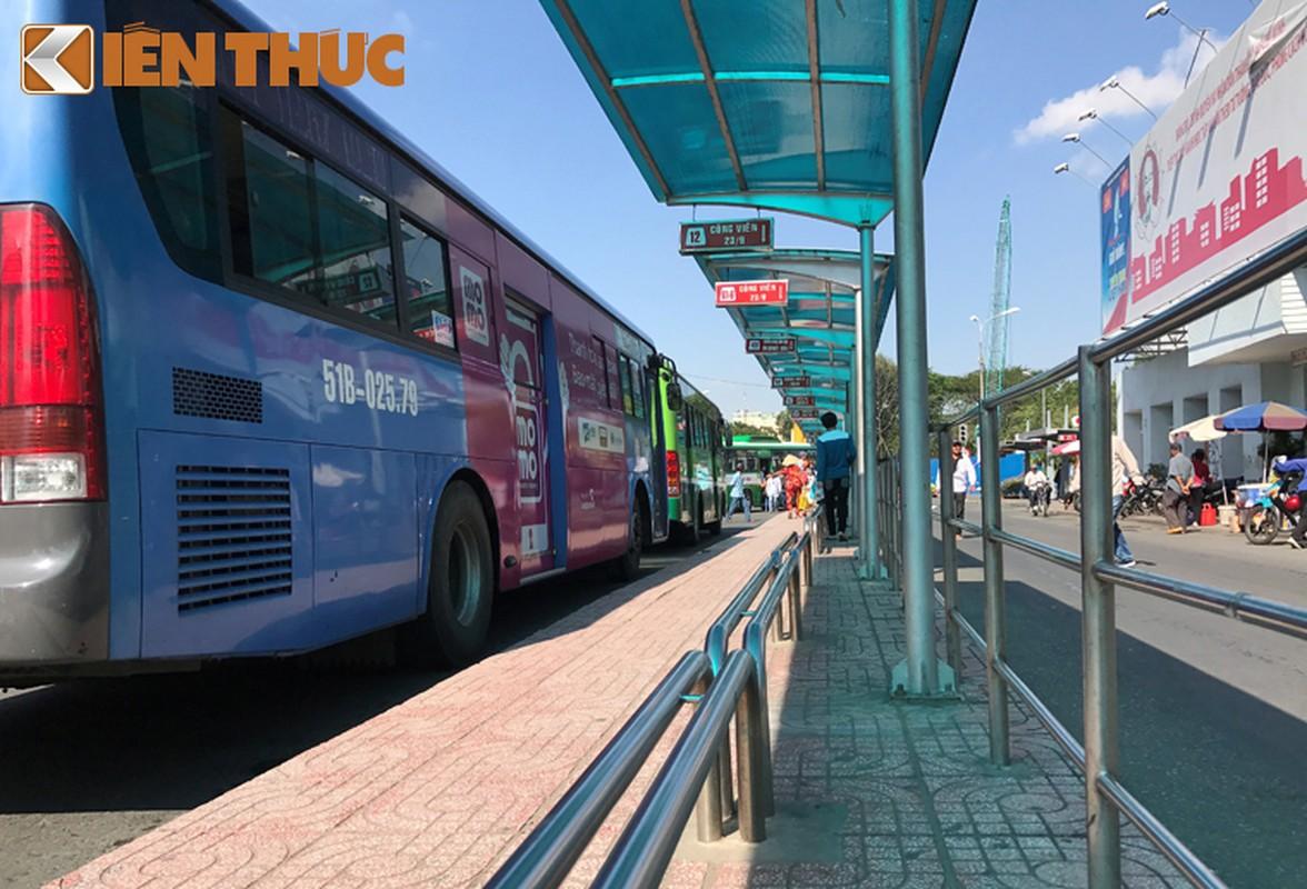 Anh: Ngay cuoi cung o tram xe buyt lon nhat Sai Gon-Hinh-8