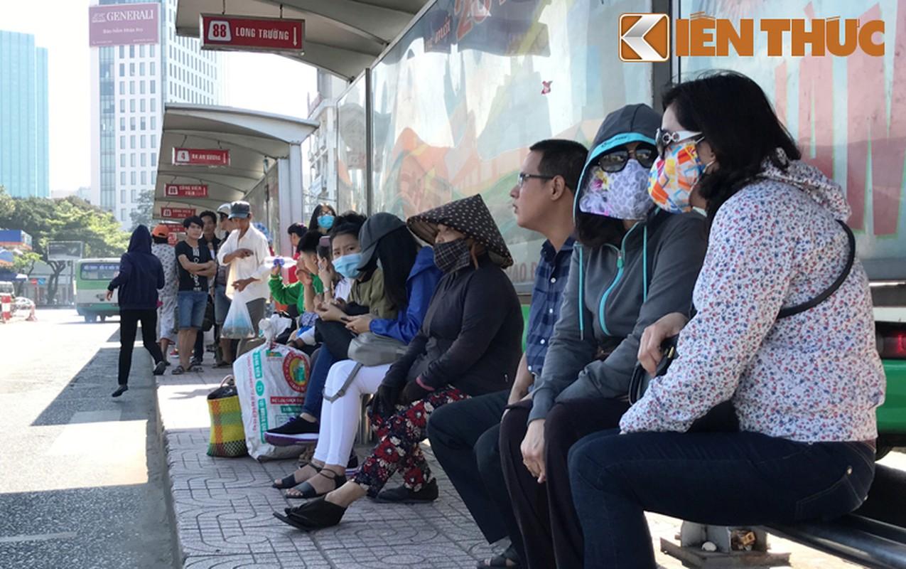 Anh: Ngay cuoi cung o tram xe buyt lon nhat Sai Gon-Hinh-9