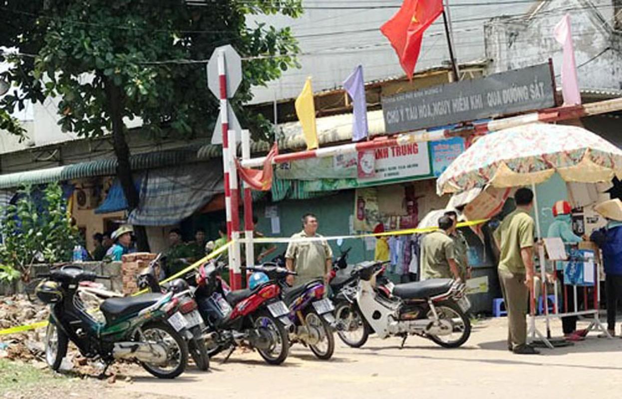 Anh: Hien truong vo mang thai 8 thang cung chong con chet bat thuong-Hinh-3