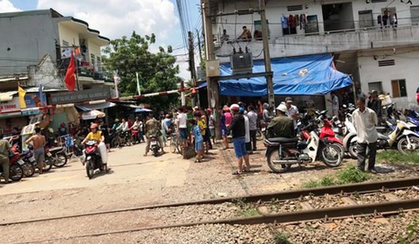 Anh: Hien truong vo mang thai 8 thang cung chong con chet bat thuong-Hinh-7