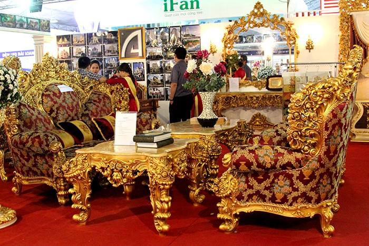 Nhung bo ban ghe dat vang sieu chat o Viet Nam-Hinh-5
