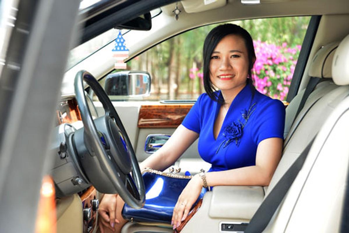 Nhung bong hong xinh dep ben doi dai gia Viet-Hinh-19