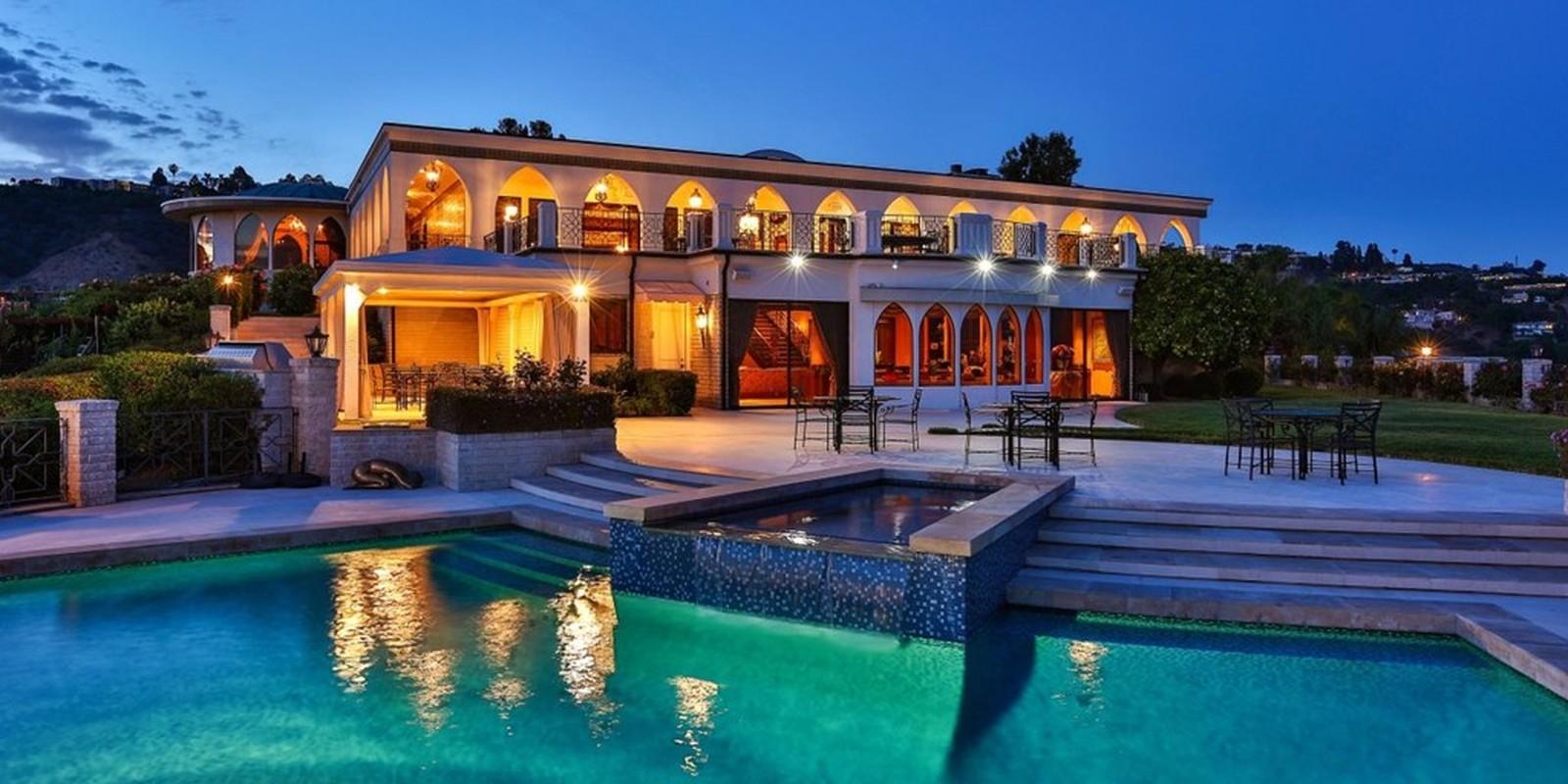 Sieu biet thu 65 trieu USD ben suon doi Beverly Hills