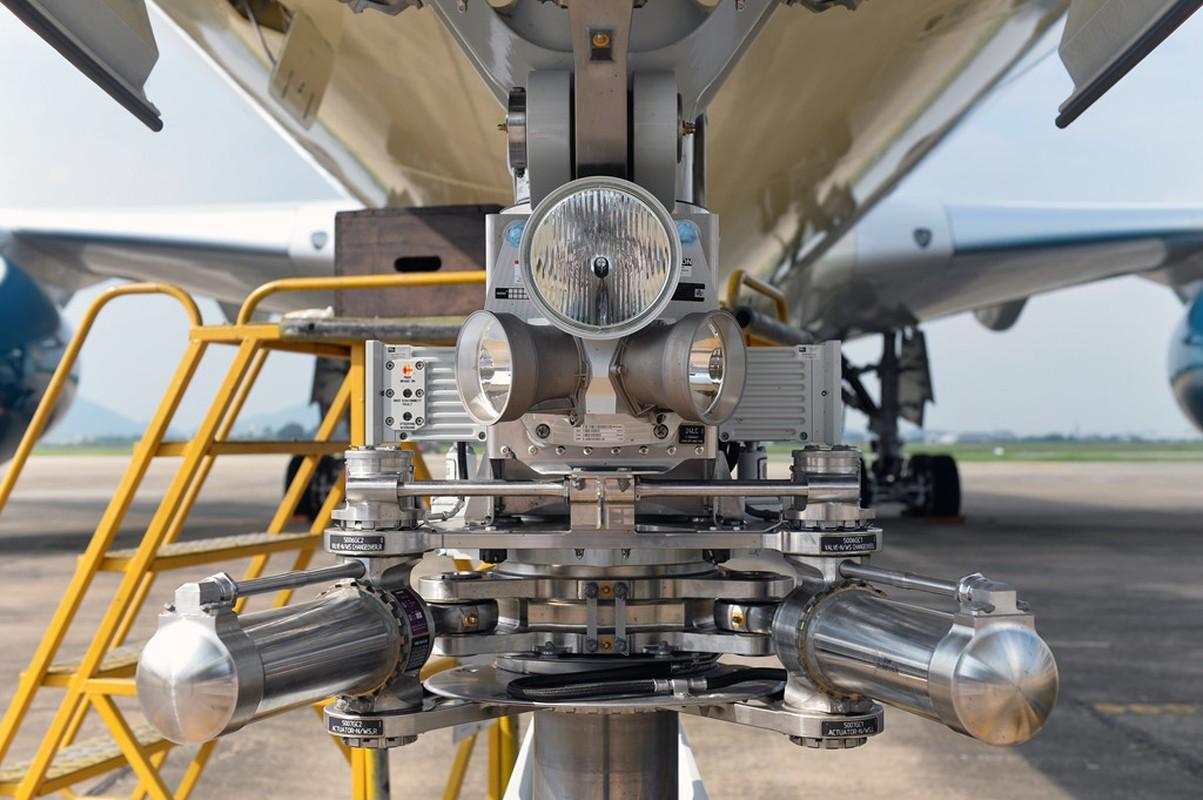 Can canh sieu may bay A350-900 thu 8 cua Vietnam Airlines-Hinh-5