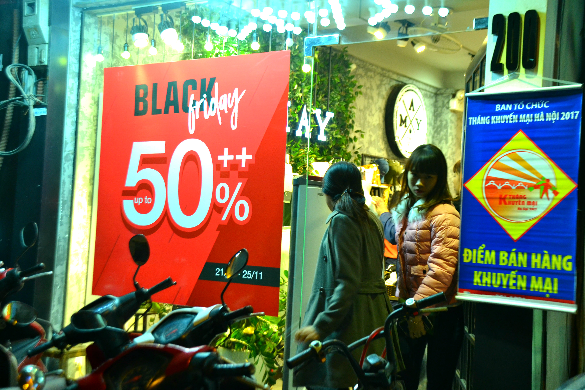 Do xo mua thoi trang giam gia khung dip Black Friday-Hinh-10