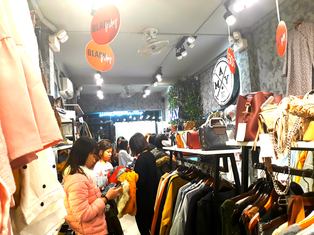 Do xo mua thoi trang giam gia khung dip Black Friday-Hinh-11