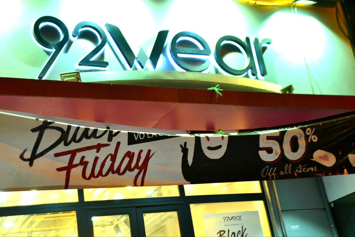 Do xo mua thoi trang giam gia khung dip Black Friday-Hinh-2