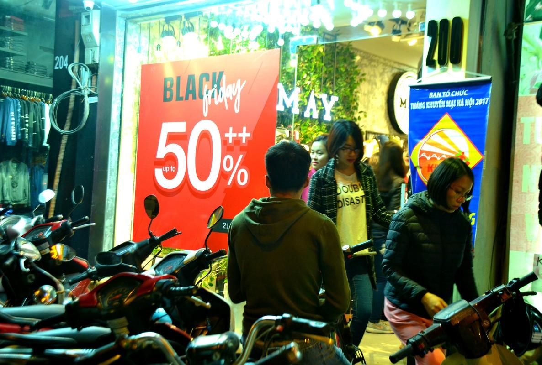 Do xo mua thoi trang giam gia khung dip Black Friday-Hinh-6