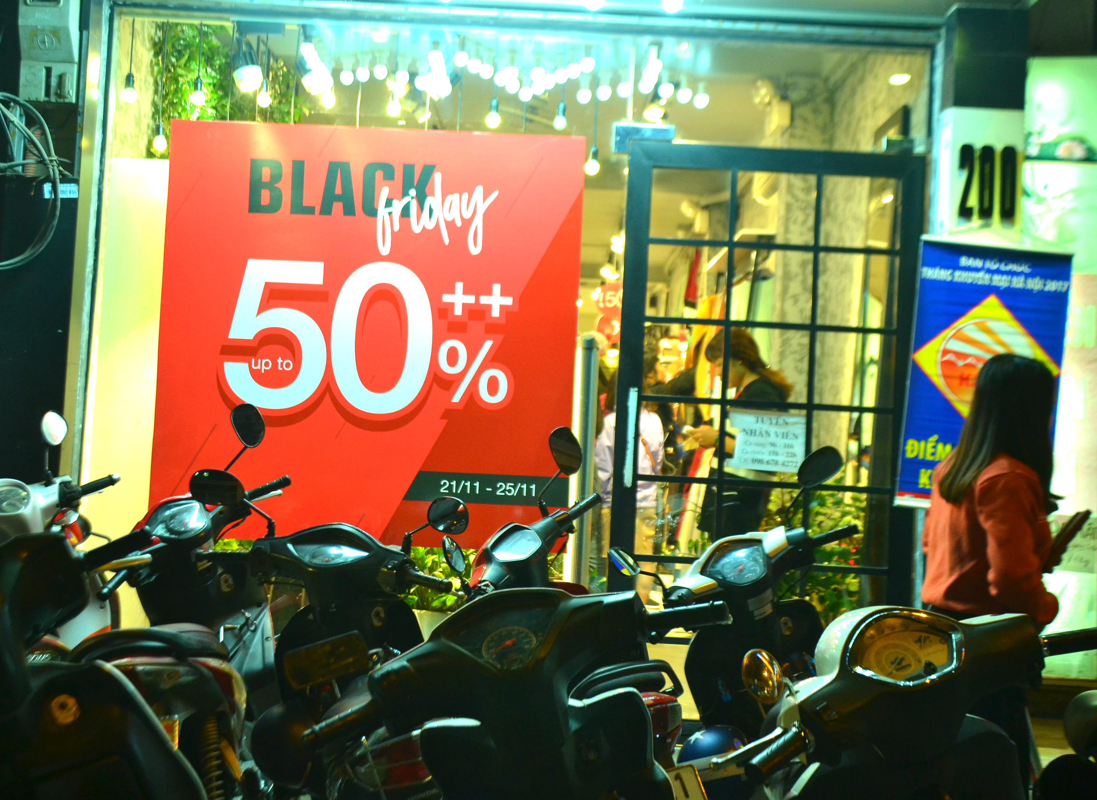 Do xo mua thoi trang giam gia khung dip Black Friday-Hinh-9