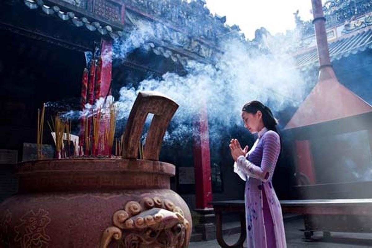 8 quy tac dang huong le Phat nen nho dung quen-Hinh-2