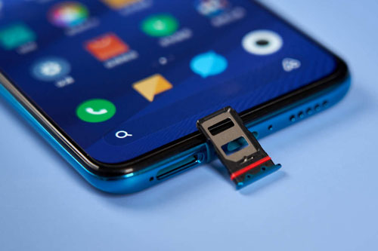 Smartphone chong nuoc, quay video 8K gia 10 trieu-Hinh-7