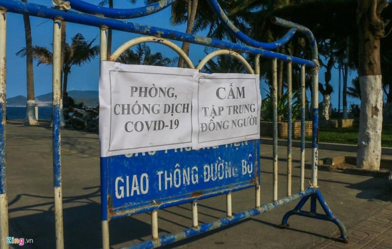 Can canh cuong che giai tan nguoi tam bien o Nha Trang de ngan dich COVID-19-Hinh-10