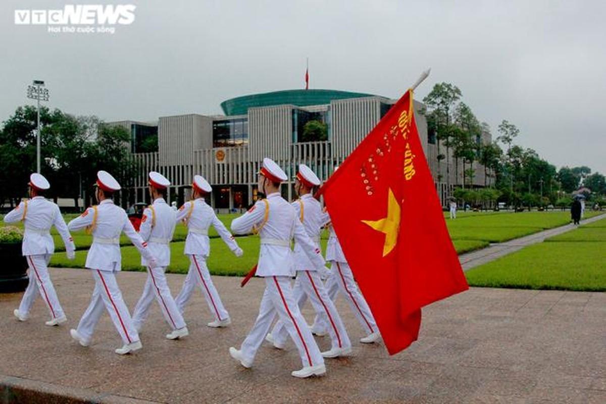 Anh: Le treo co ru Quoc tang nguyen Tong Bi thu Le Kha Phieu-Hinh-3