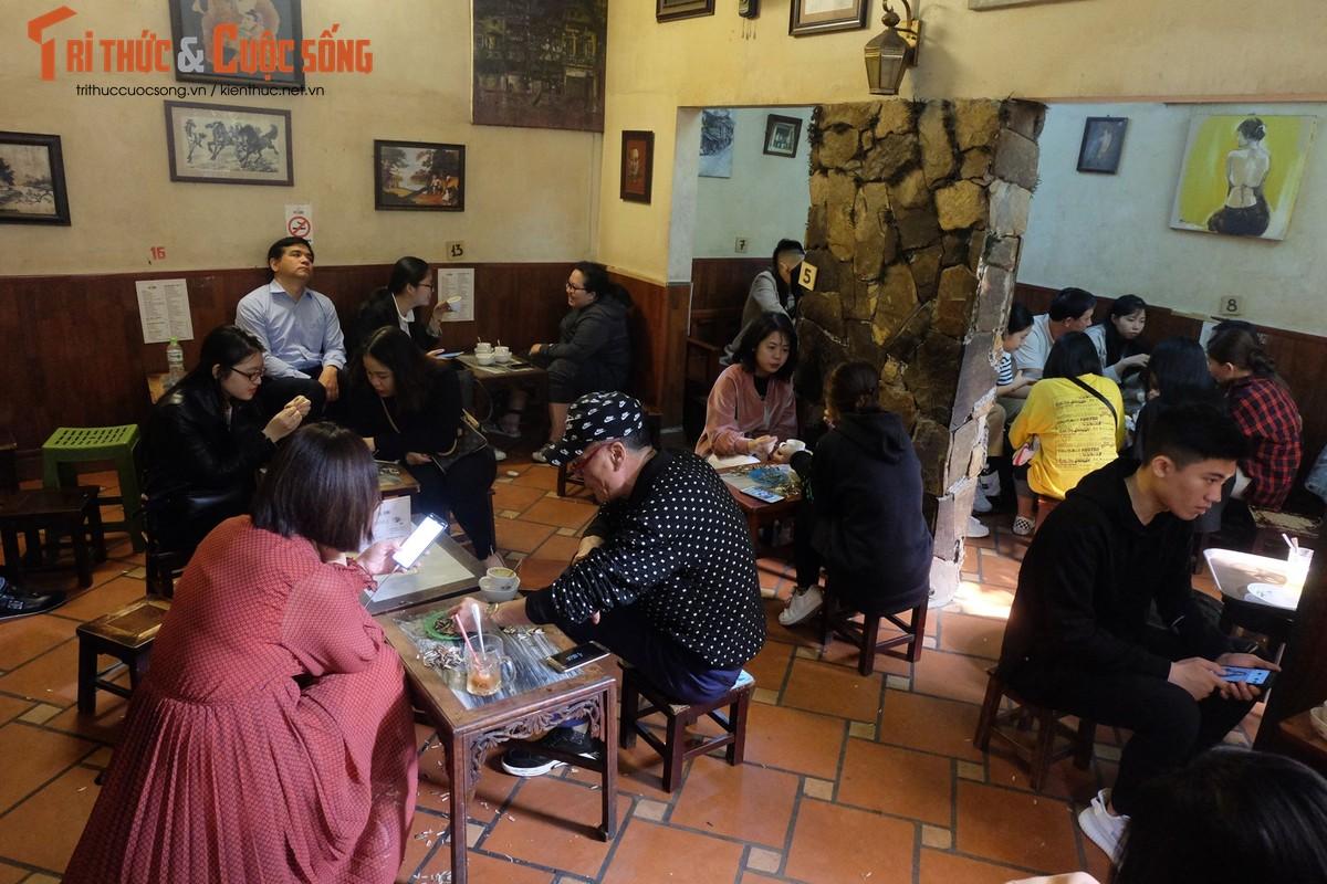 Gioi tre thich thu mon cafe trung duoc chon phuc vu Thuong dinh My-Trieu