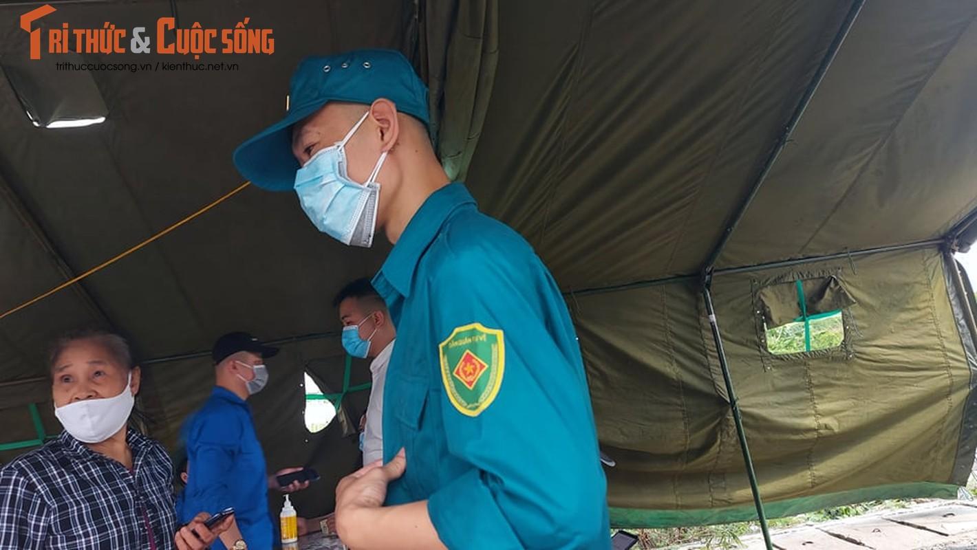 Quang Ninh: Qua chot kiem soat COVID-19 cau Bach Dang can giay to gi?-Hinh-4