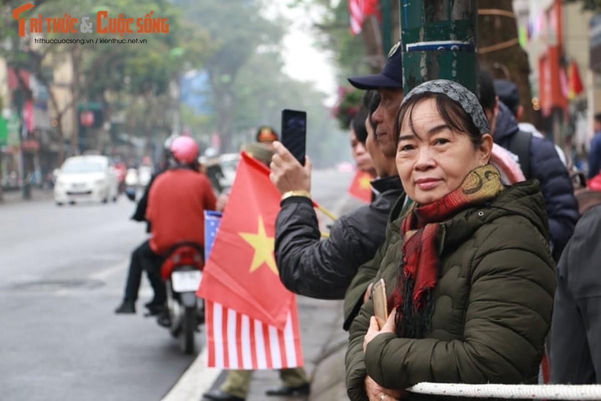 Xuc dong hinh anh nguoi dan Ha Noi don mung Chu tich Kim Jong-un-Hinh-3
