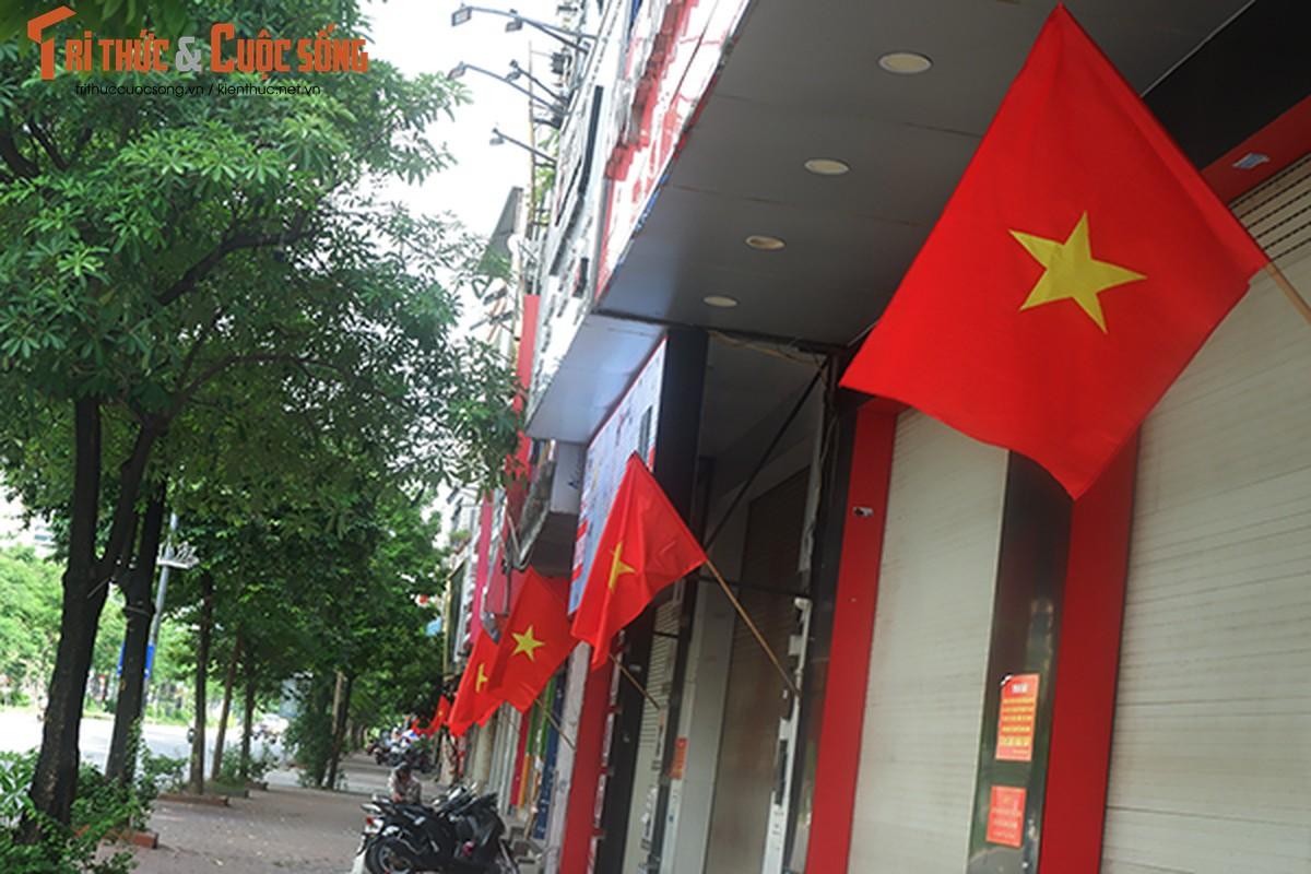 Pho phuong Ha Noi ruc ro co hoa chao mung Quoc khanh 2/9-Hinh-2