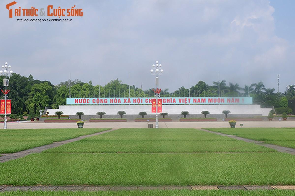 Pho phuong Ha Noi ruc ro co hoa chao mung Quoc khanh 2/9-Hinh-7