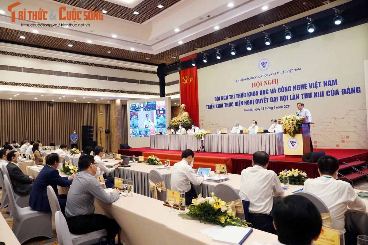 "Toan canh Hoi nghi toan quoc ""Doi ngu tri thuc KH&CN Viet Nam trien khai thuc hien Nghi quyet Dai hoi lan thu XIII cua Dang""-Hinh-16"