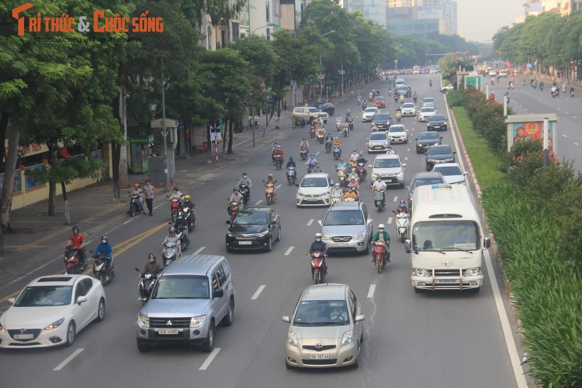 """Cac """"diem nong"""" giao thong Ha Noi the nao sau 2 thang gian cach?-Hinh-16"""