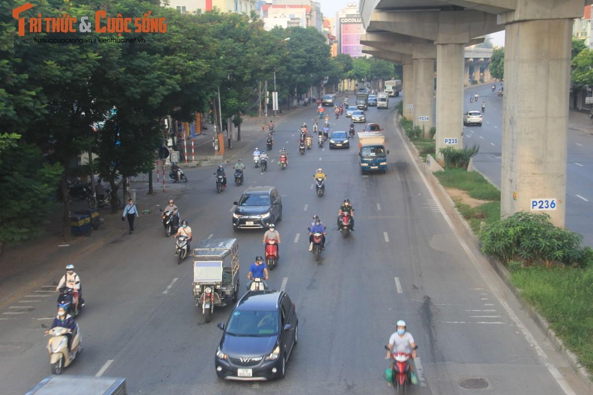 """Cac """"diem nong"""" giao thong Ha Noi the nao sau 2 thang gian cach?-Hinh-2"""