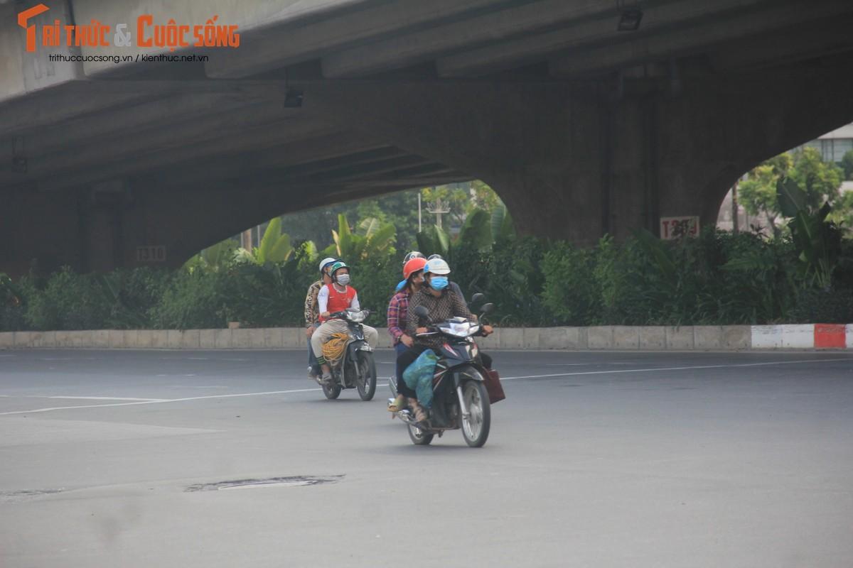 """Cac """"diem nong"""" giao thong Ha Noi the nao sau 2 thang gian cach?-Hinh-7"""