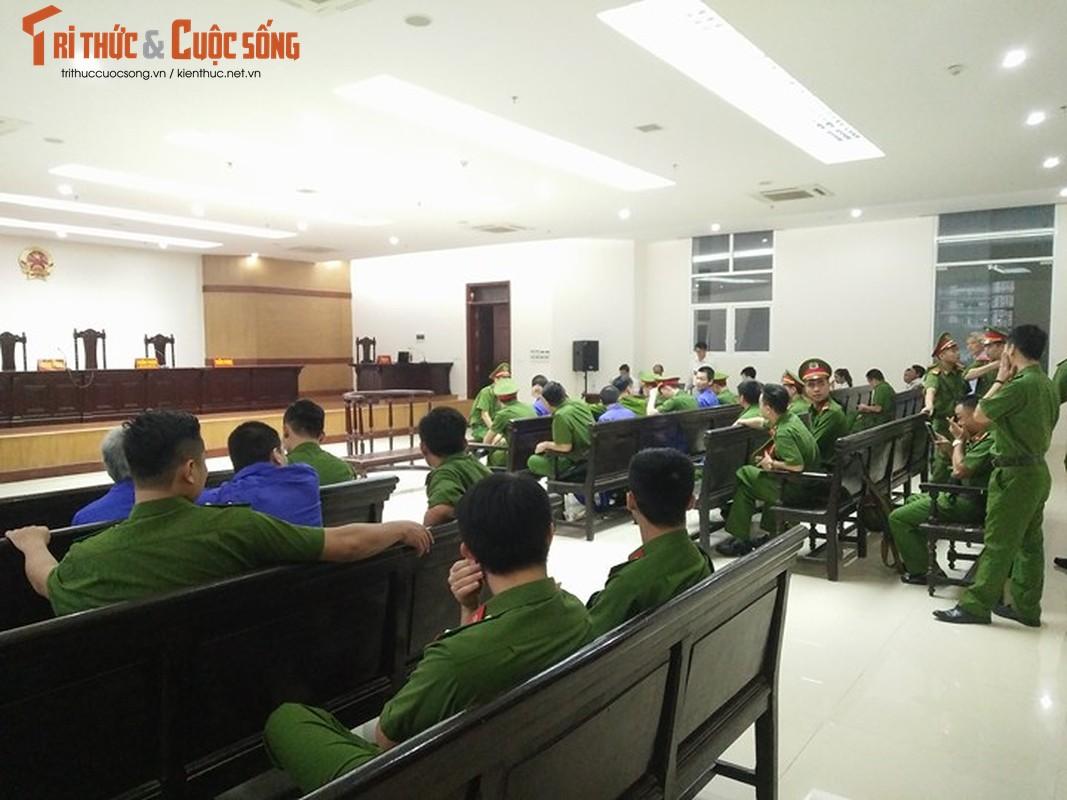 Nhung hinh anh dau tien phien phuc tham Nguyen Van Tinh-Hinh-2