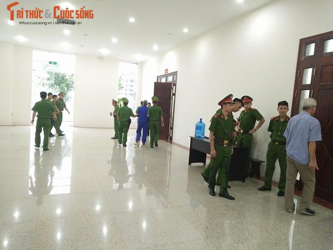 Nhung hinh anh dau tien phien phuc tham Nguyen Van Tinh-Hinh-3