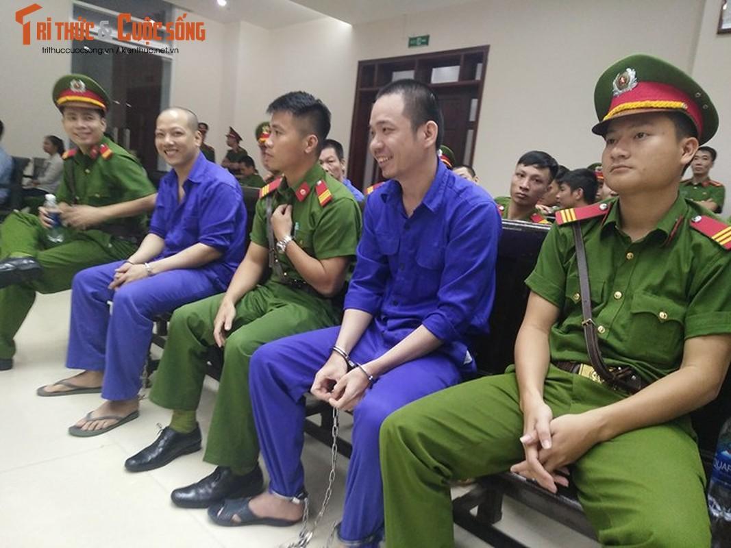 Nhung hinh anh dau tien phien phuc tham Nguyen Van Tinh-Hinh-6