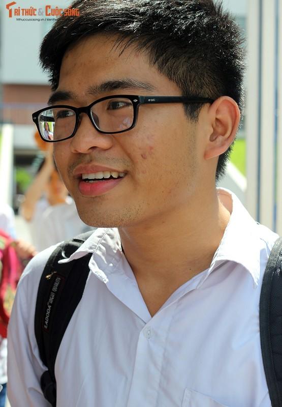 Anh: Thi sinh tho phao voi de thi mon Ngu van THPT Quoc gia-Hinh-5