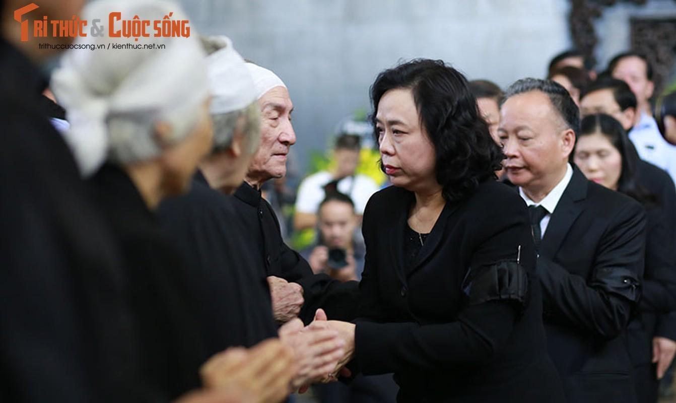 Nghen ngao le tang cu ba hien hon 5.000 luong vang cho nha nuoc-Hinh-16