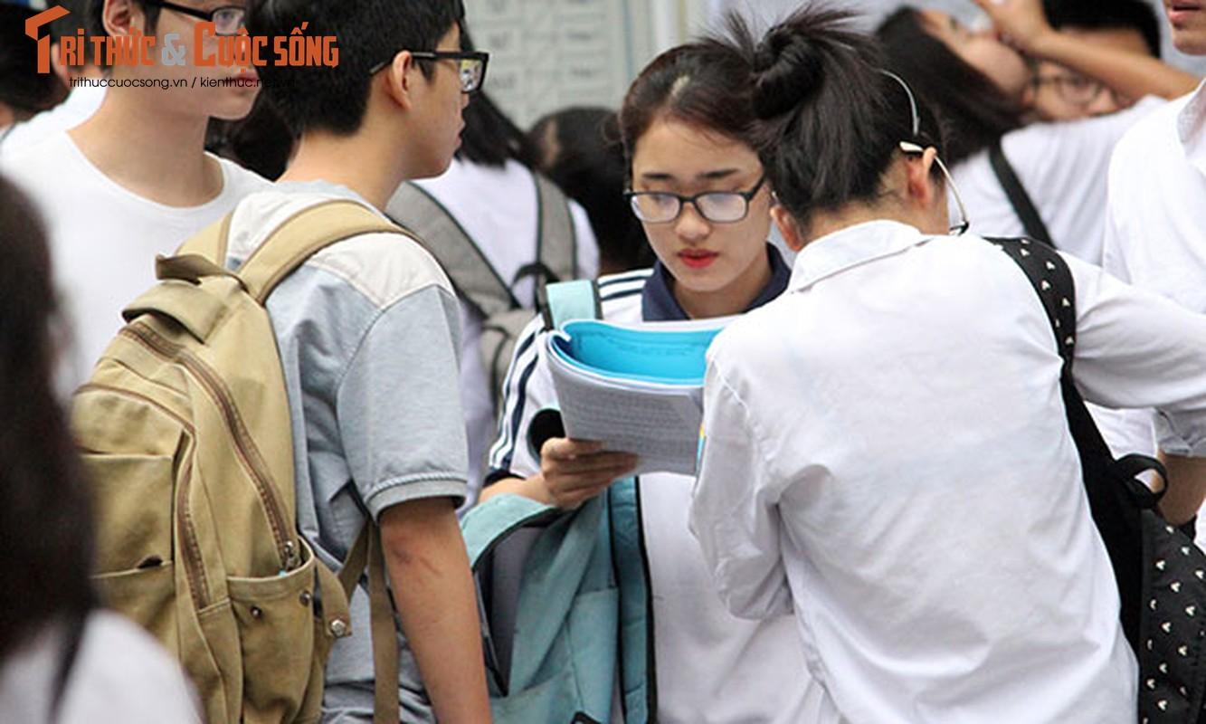 Anh: Thi sinh tu tin cuoi rang ro den thi THPT quoc gia 2018-Hinh-5