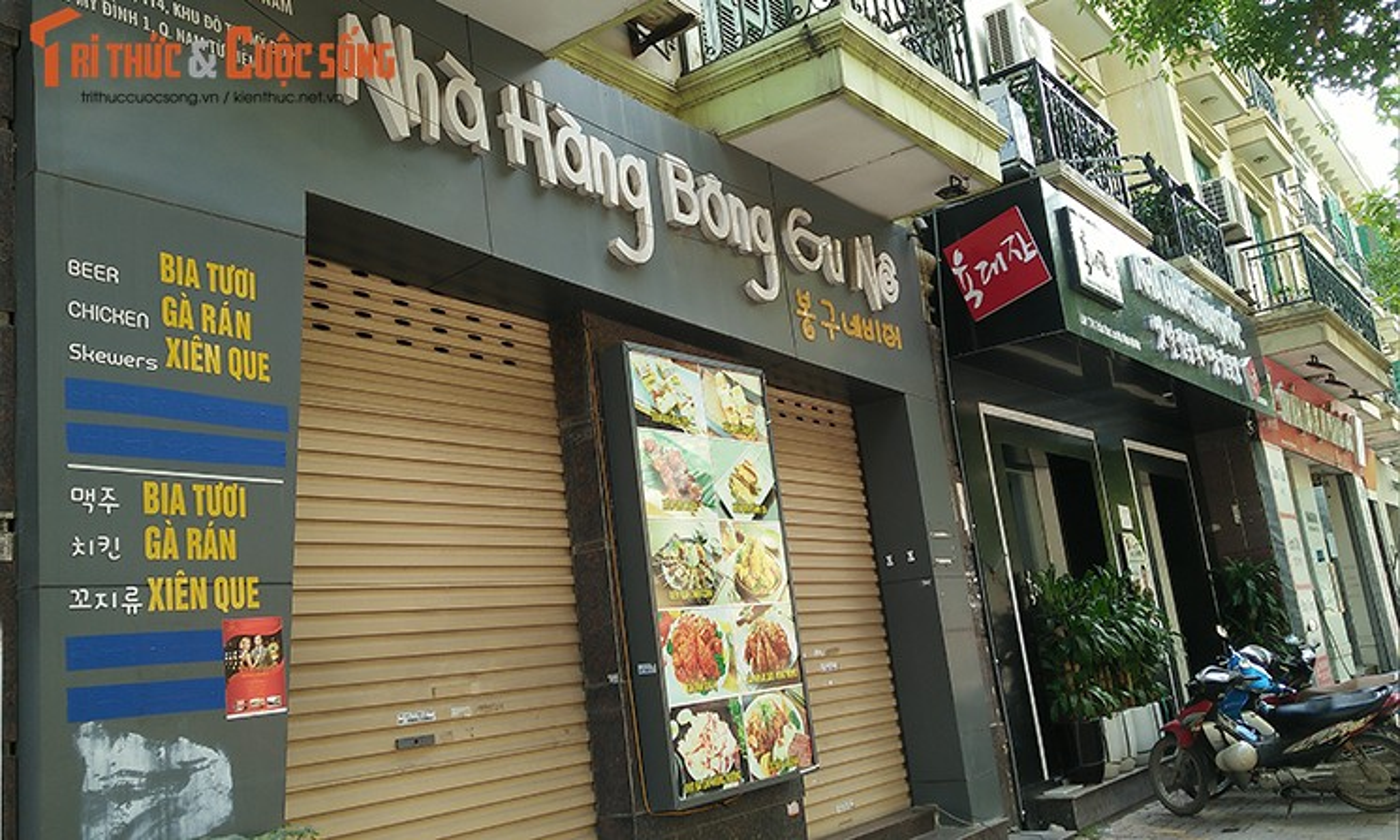 Bien hieu tieng Trung Quoc, Han Quoc nhan nhan tren pho Ha Noi-Hinh-8