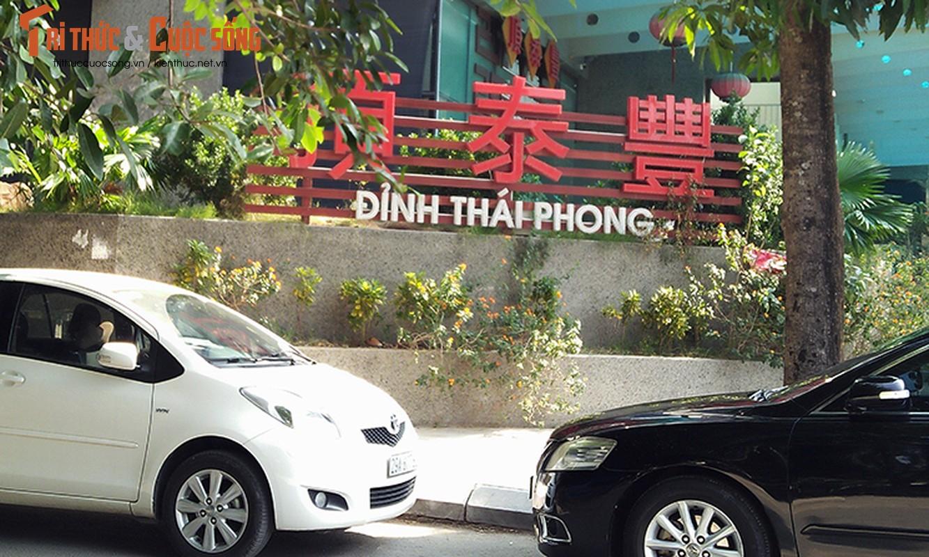 Bien hieu tieng Trung Quoc, Han Quoc nhan nhan tren pho Ha Noi
