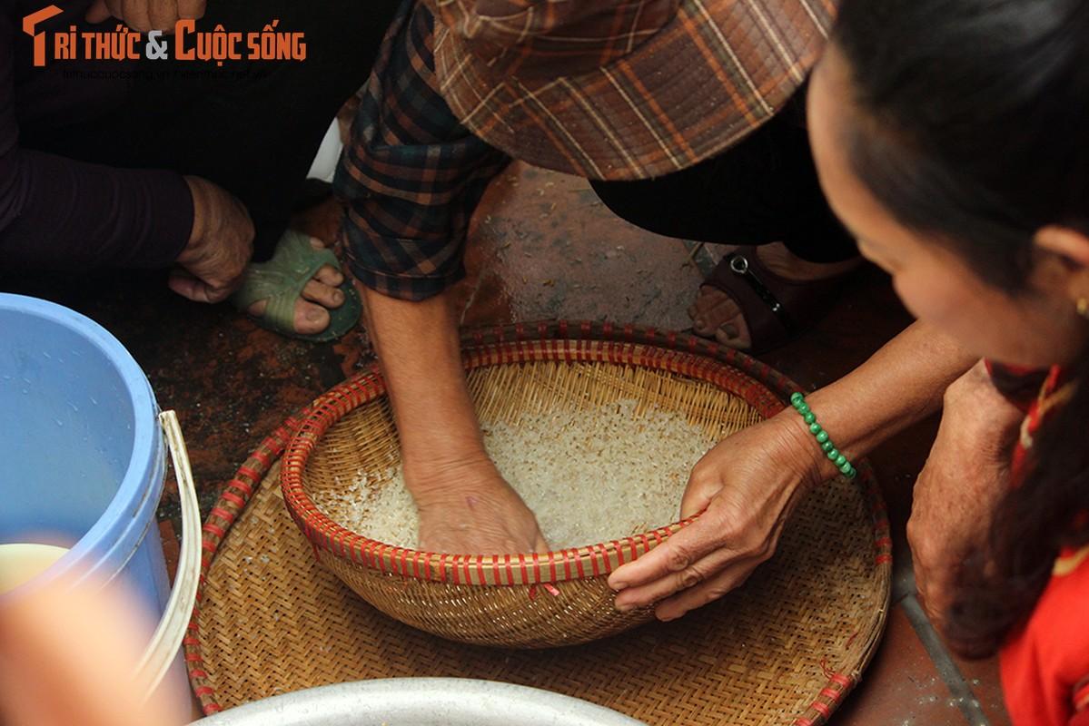 Can canh le hoi thoi com thi doc dao o lang Thi Cam-Hinh-10