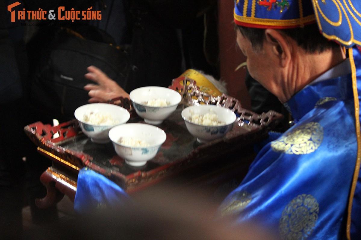 Can canh le hoi thoi com thi doc dao o lang Thi Cam-Hinh-16