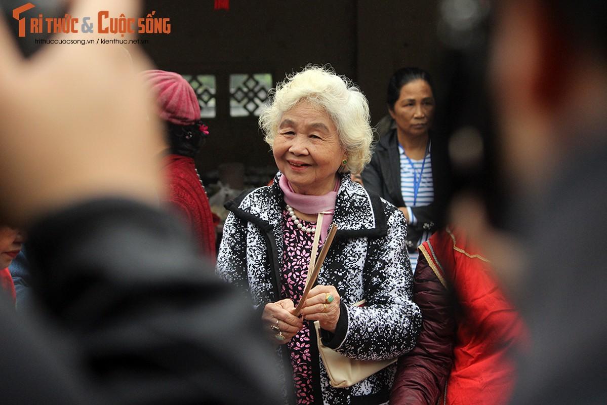 Can canh le hoi thoi com thi doc dao o lang Thi Cam-Hinh-18
