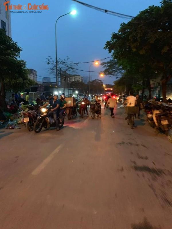 "Can canh cho tam, khong phep ""moc"" ngang nhien o quan Cau Giay-Hinh-10"