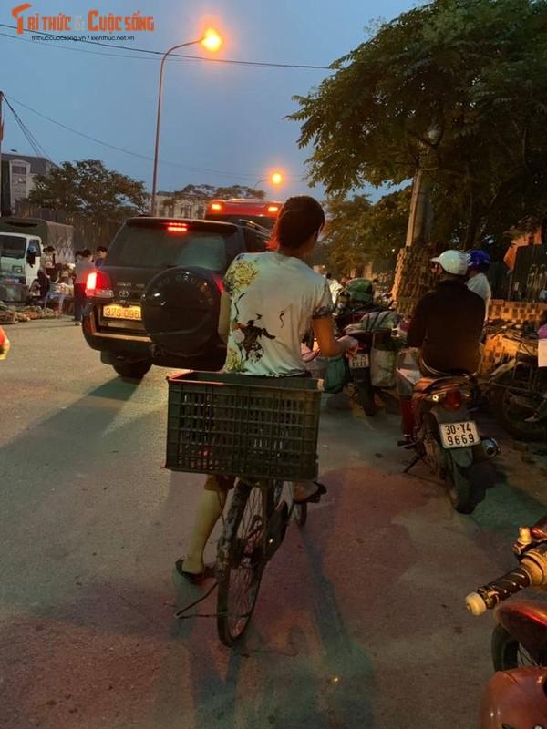 "Can canh cho tam, khong phep ""moc"" ngang nhien o quan Cau Giay-Hinh-9"