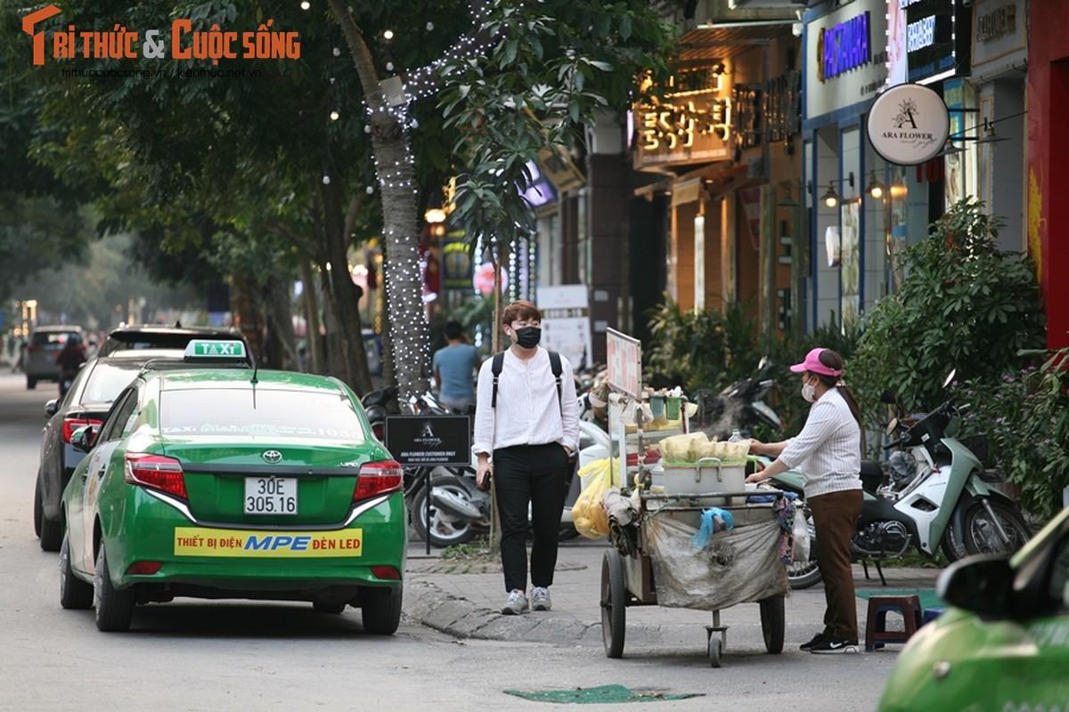 """Han Quoc thanh """"diem nong"""" dich corona, nhung con pho Han o Ha Noi gio ra sao?-Hinh-14"""