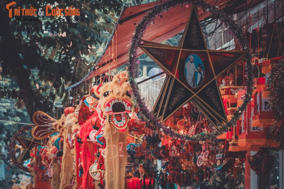 Do choi Trung thu truyen thong nhuom do pho phuong Ha Noi-Hinh-9
