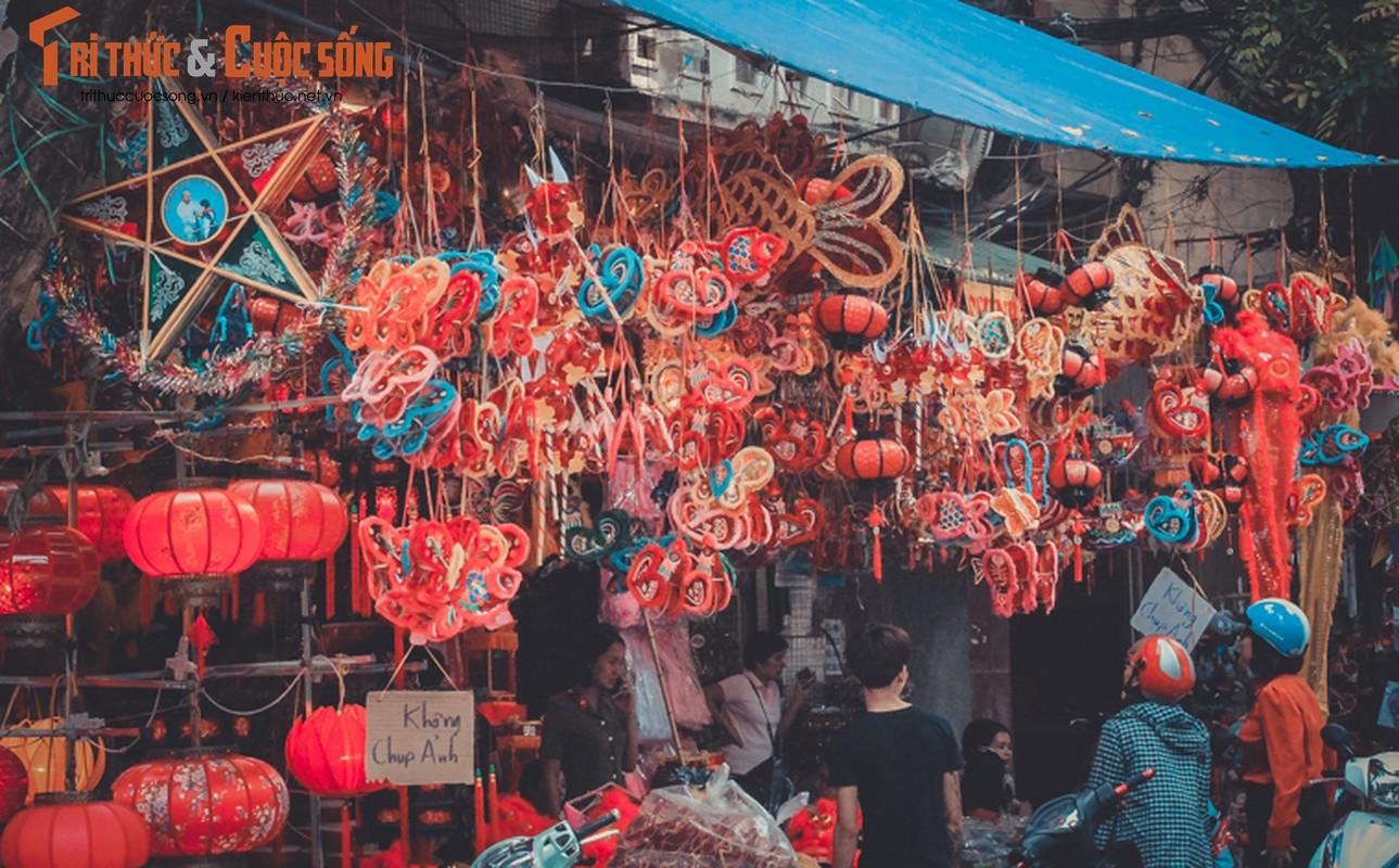 Do choi Trung thu truyen thong nhuom do pho phuong Ha Noi