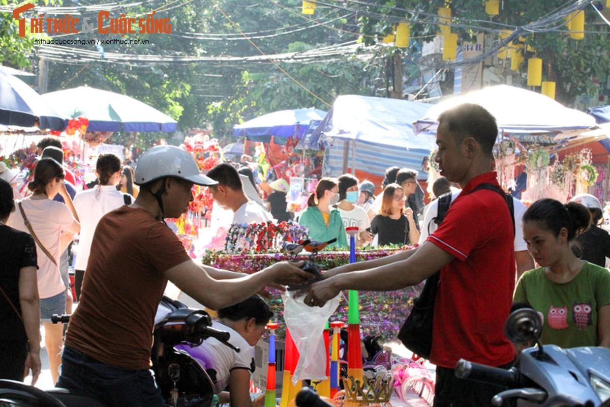 Nguoi dan Ha Noi choi Trung thu som,