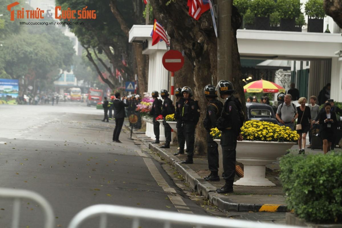 Thuong dinh My - Trieu: An ninh bat ngo duoc noi long tai khach san Metropole