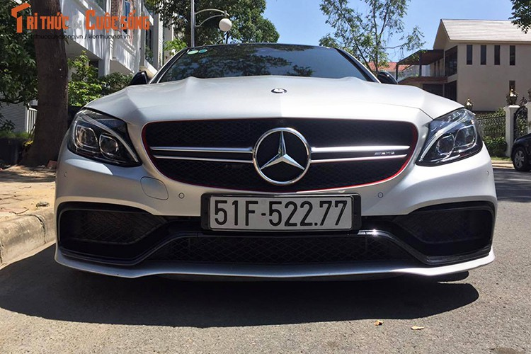 Mercedes tien ty cua Cuong Do la va Ha Vy