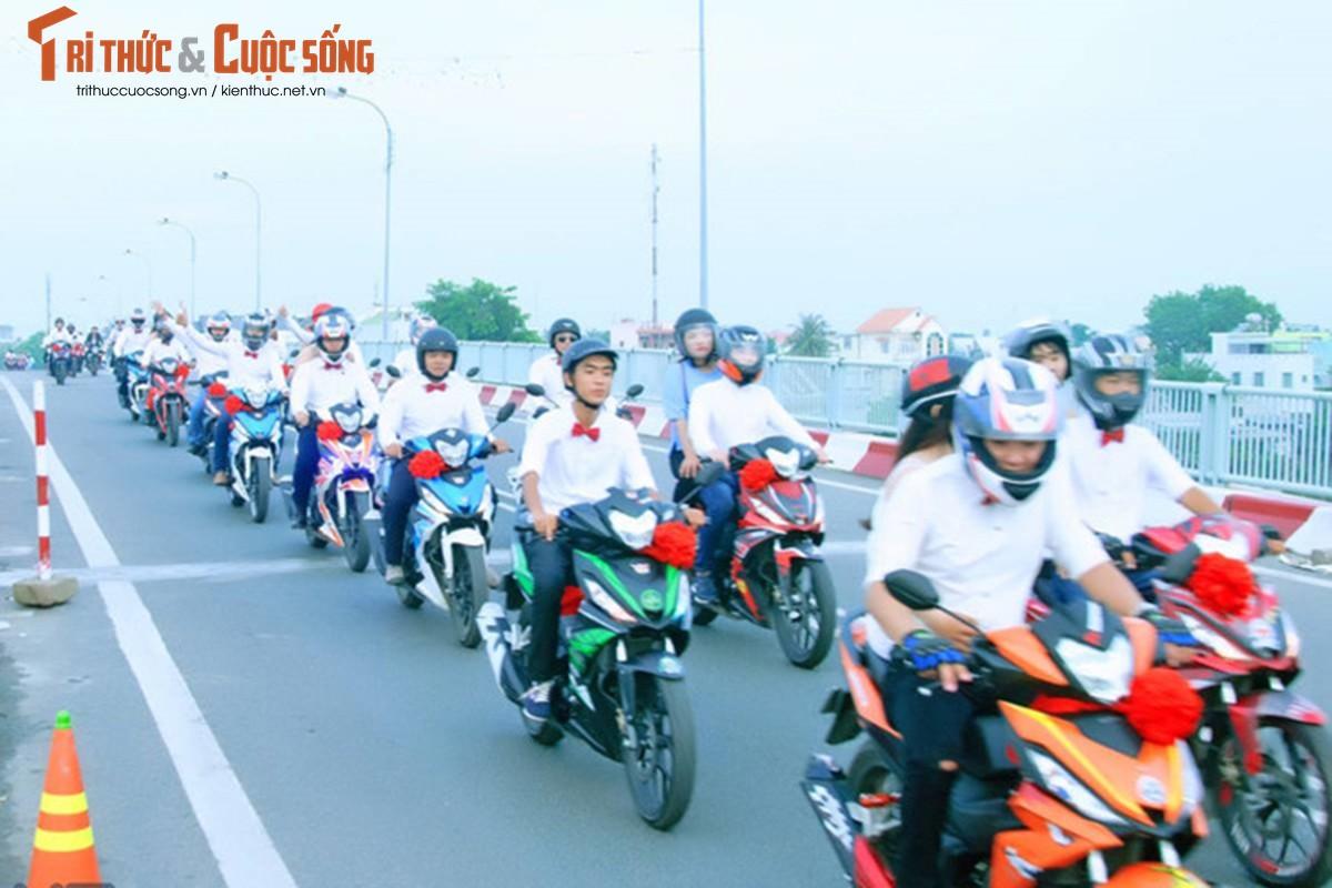"""Hon 50 xe Honda Winner ram ro """"cuop dau"""" o An Giang-Hinh-5"""