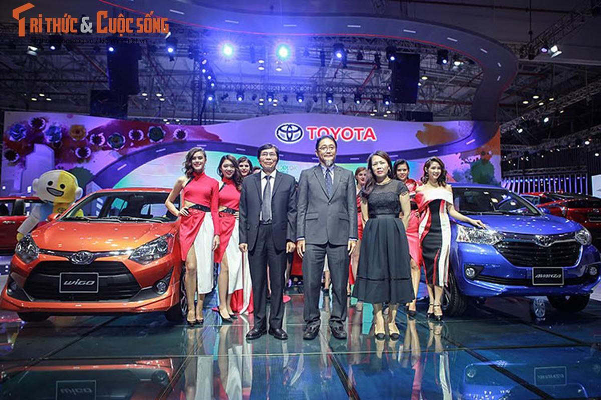 "Soi dan xe Toyota ""moi cung"" tai trien lam oto VMS 2017"